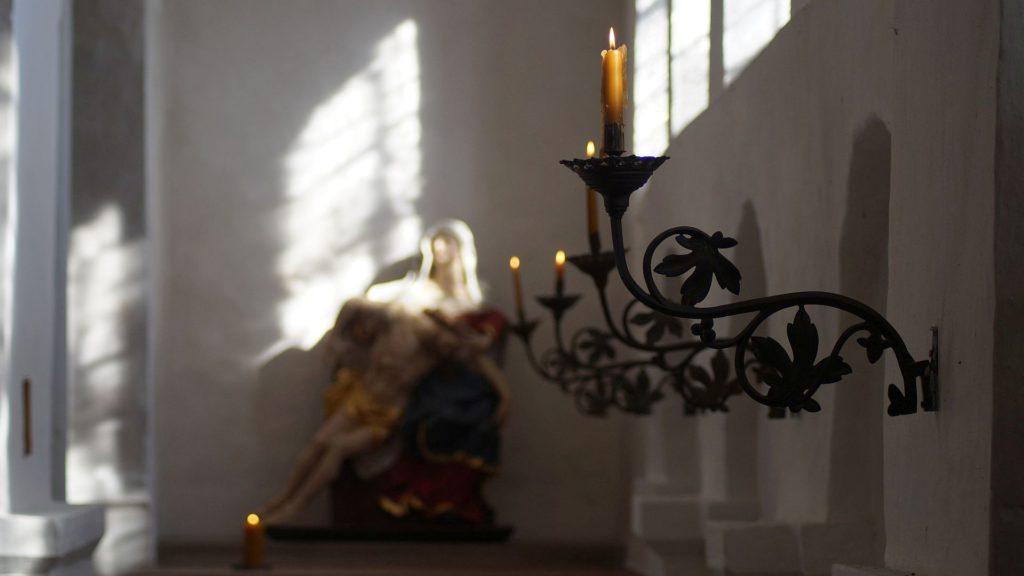 Kerzenleuchter in der Alten St. Alexanderkirche Wallenhorst